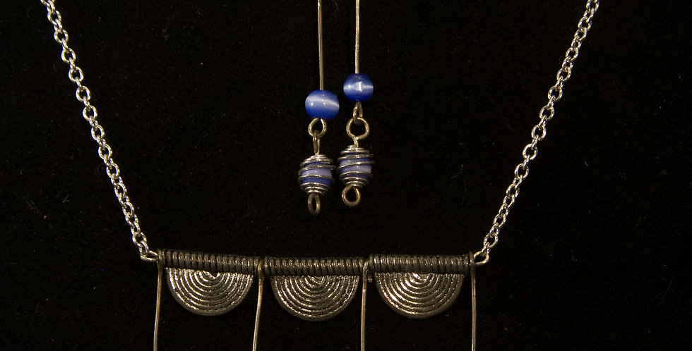 blue and silver beadbar