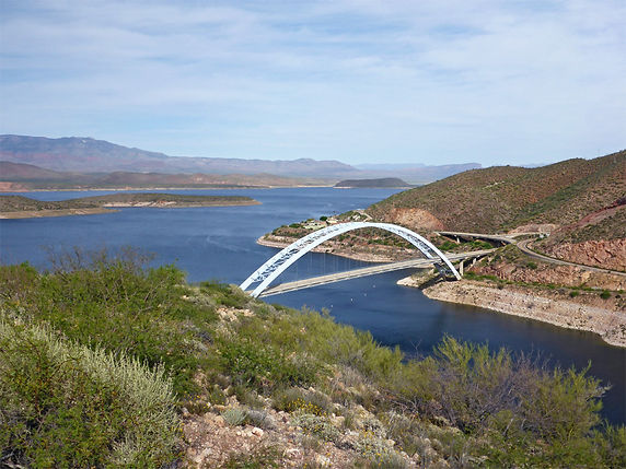 roosevelt-lake-bridge2.jpg