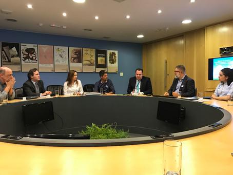 Diálogos Possíveis: unindo o local ao global