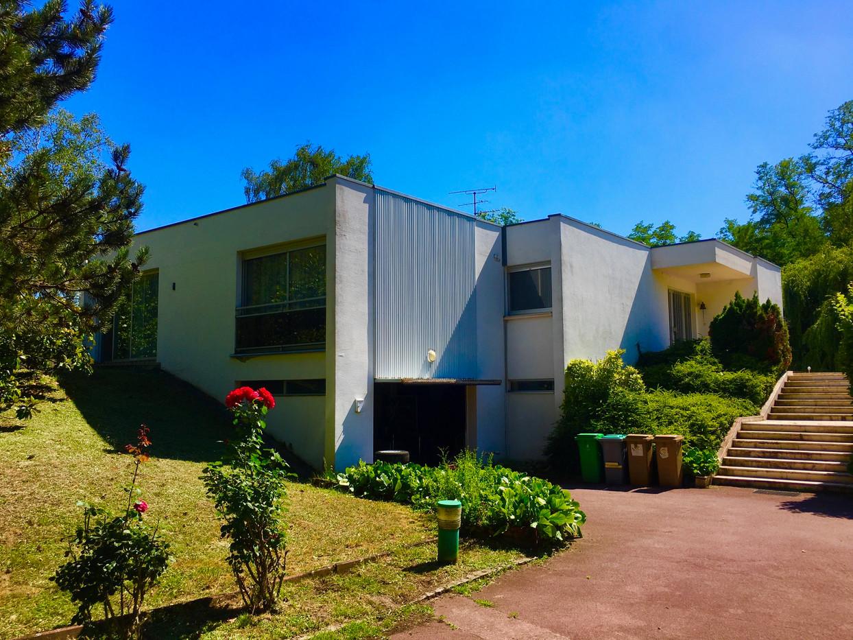 Grande maison d'architecte à Rosenau à 8km de Bâle sur 17 ares