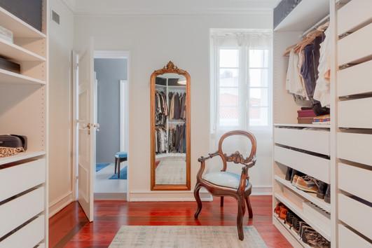 Suite_closet