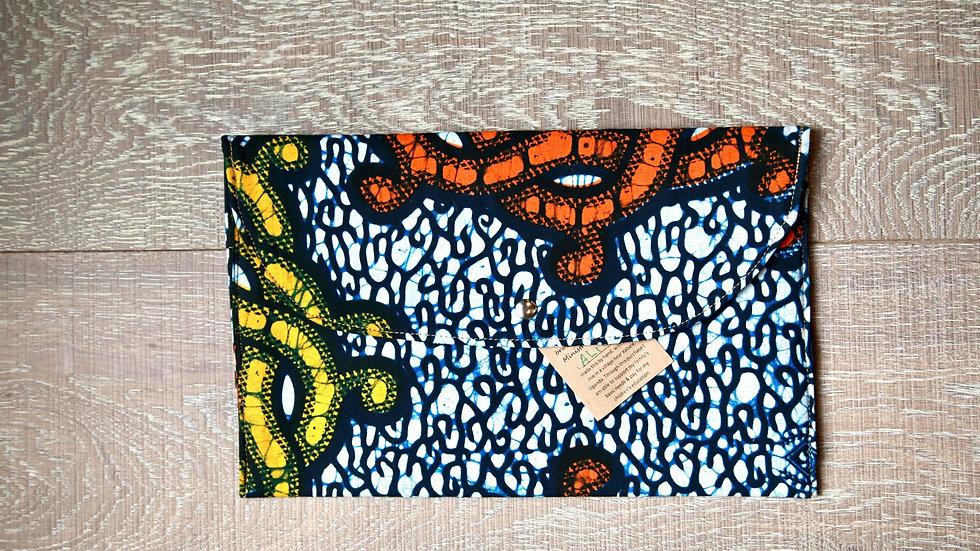 African Agandi Side-Clutch