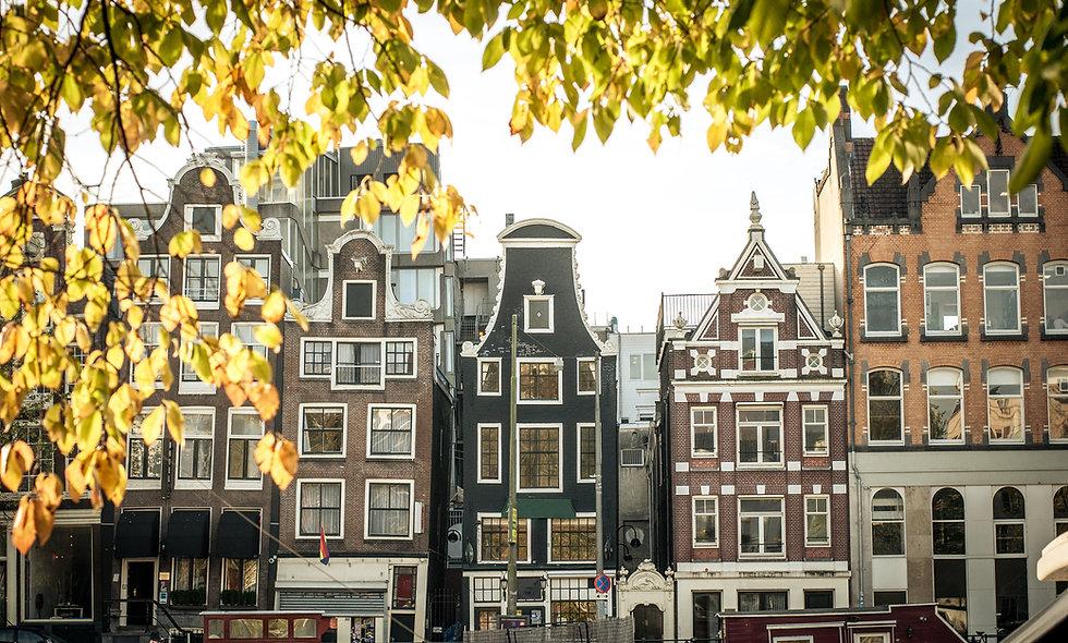 LONDRES, BRUSELAS Y AMSTERDAM