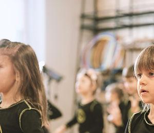 Ballet Class for Girls_edited.jpg