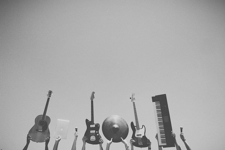 楽器黒と白