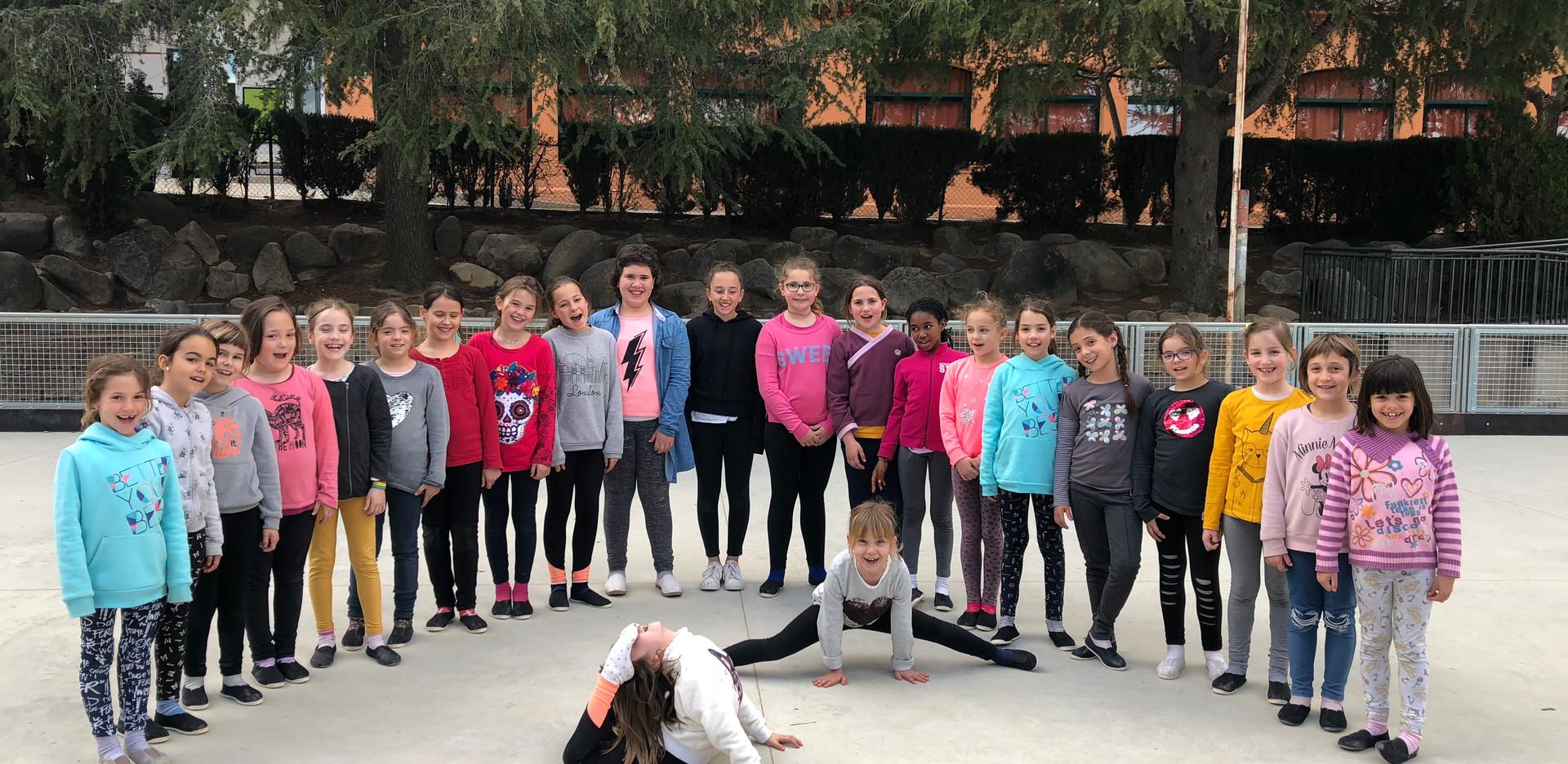 Alumnes de dansa moderna