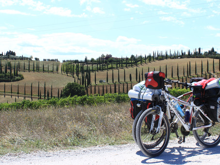 La via Francigena in bicicletta perché, spiegato in 10 tappe.