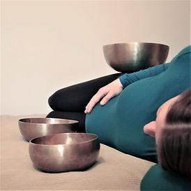Schwangerenklangmassage.jpg