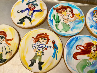 custom birthday cookies