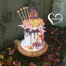 Chocolate-Orange Golden Rose Burst Drip Cake