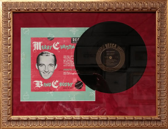 Vintage record, Bing Crosby Merry Christ