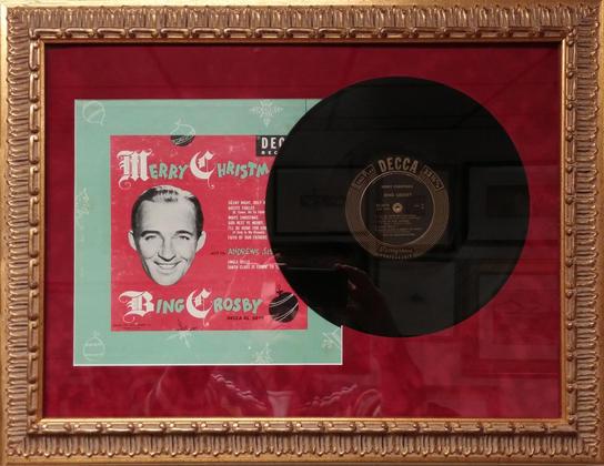Vintage record, Bing Crosby Merry Christ