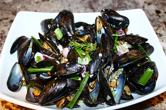 Mussels in a blue cheese sauce 005.JPG