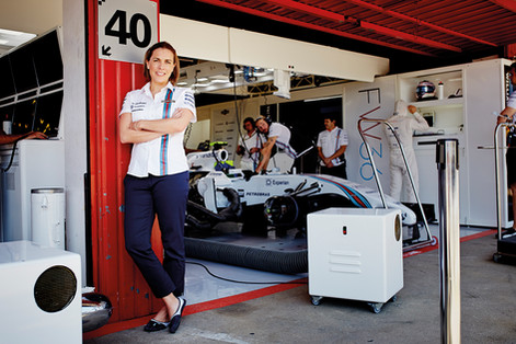 claire williams fuera de serie