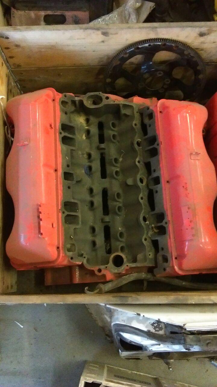 348 Chevrolet motor