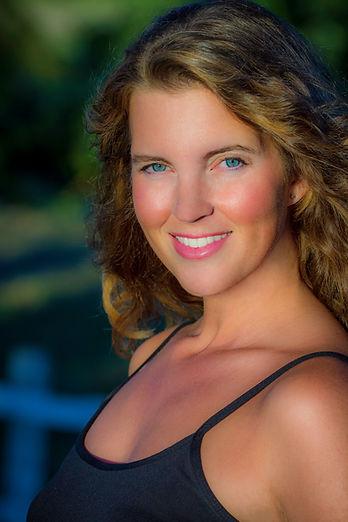 Cruise Ship Singer Deanna Julian's Publicity Headshot