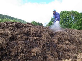 北海道での堆肥作り
