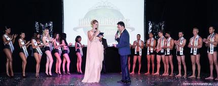 Presentatie finale Miss Avantgarde 2016  Fotografie: Wim van wel Designer: David Cardenas