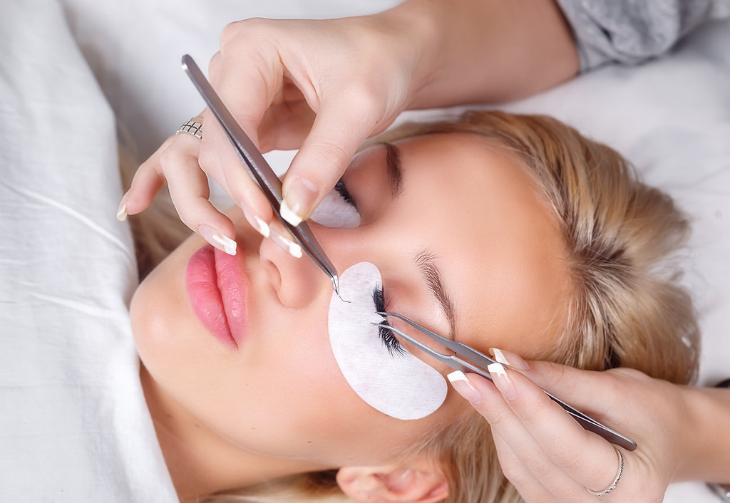 1801e5752a9 ... attractive and rewarding Eyelash salon business -- One that provides a  professional environment, and one that is backed by a full staff of  professional ...