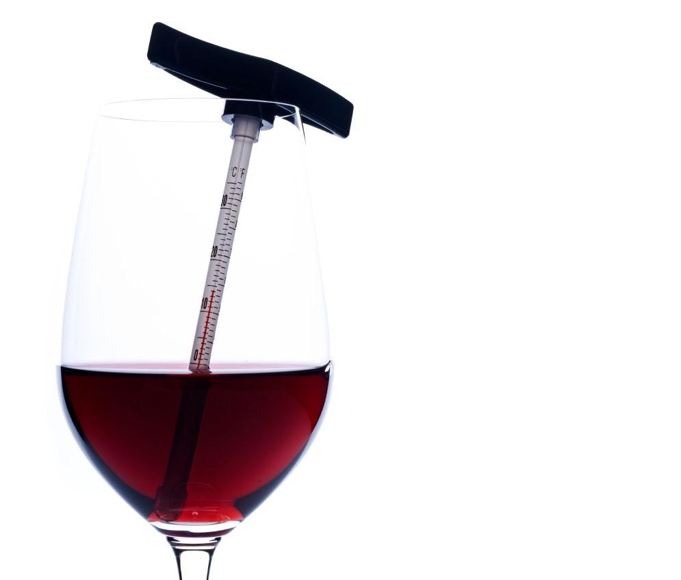 La giusta temperatura di servizio del vino