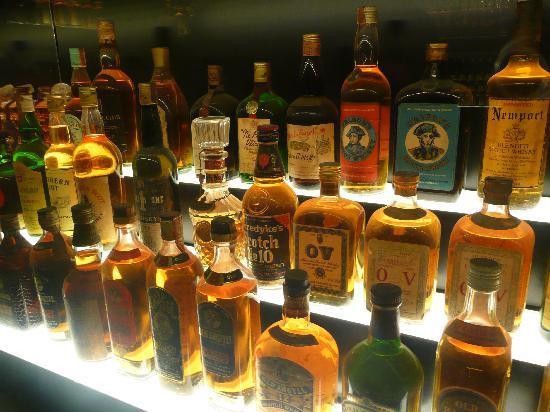 La Rare Whisky 101 decretò che l'etichetta datata 1878, era almeno di un secolo più giovane, prodotta per certo negli anni '70
