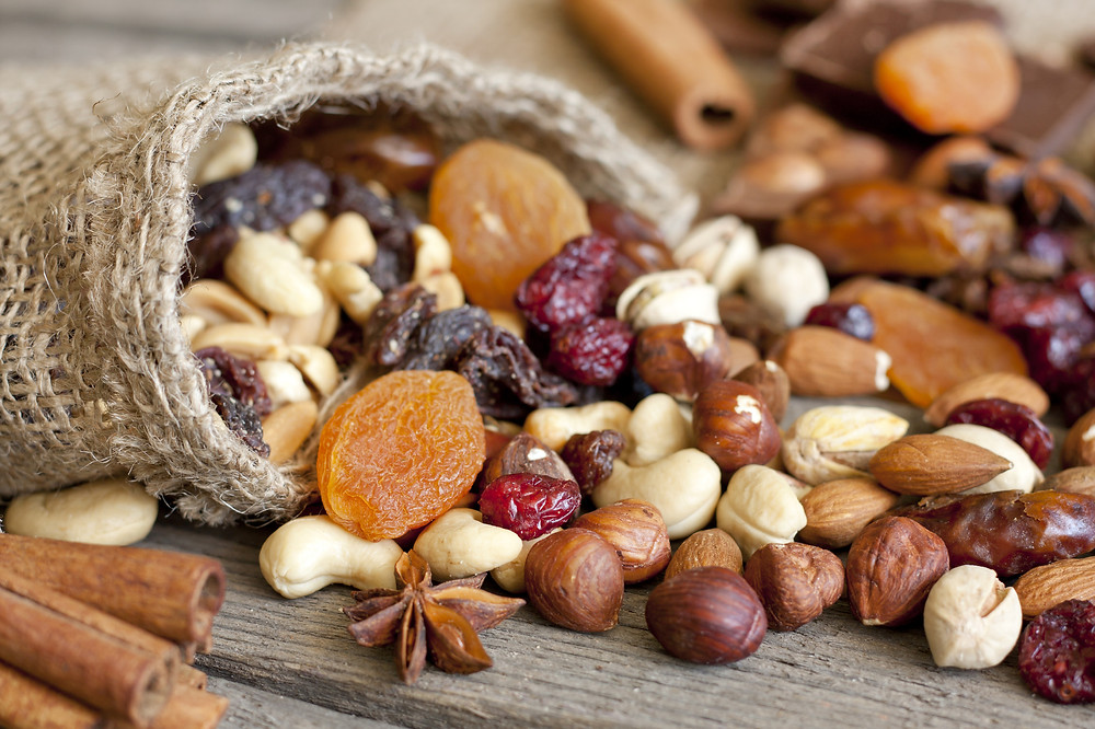 frutta secca e spezie
