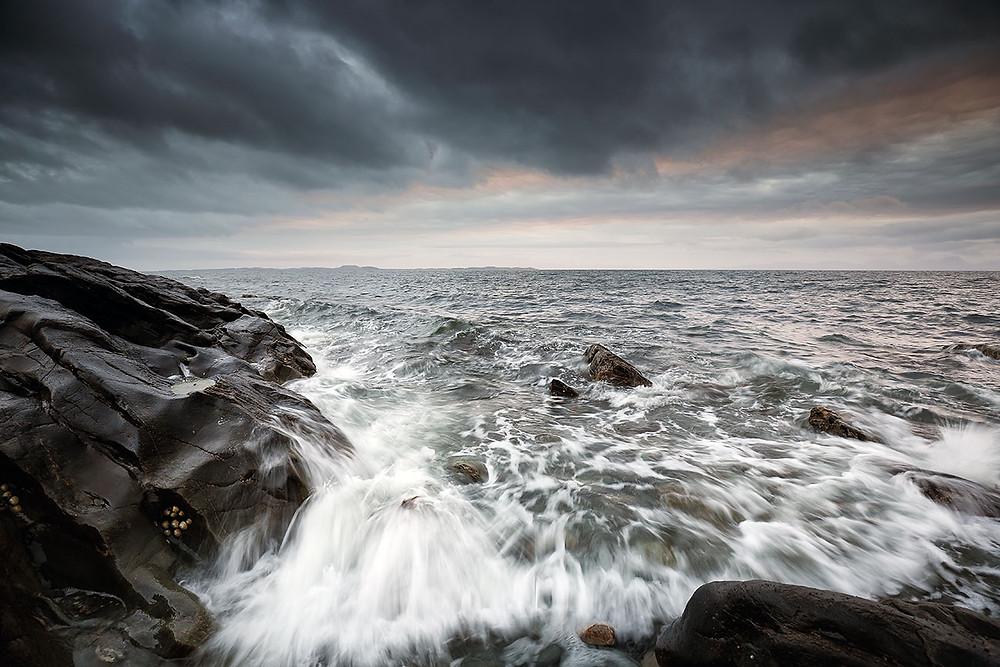 bere un whisky dalle spiccate note iodate, mentre immaginate di vedere il mare di Islay