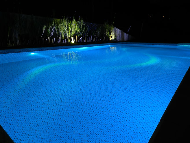 new aqua limpeza de piscina especializada
