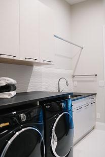 40-Laundry Room counter, Dekton Kelya, 1