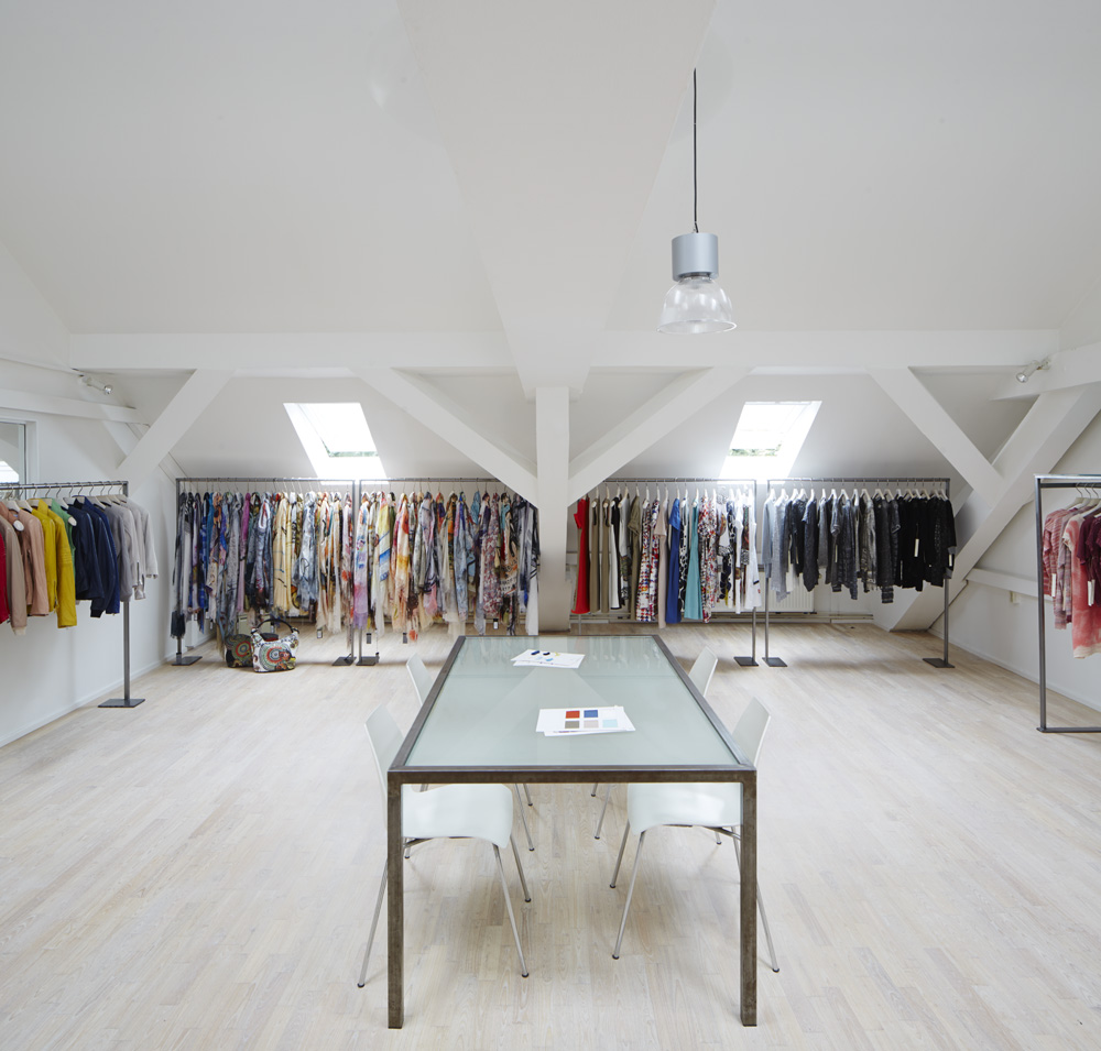 DIEBRA Showroom
