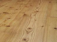 Pavimento in legno di larice