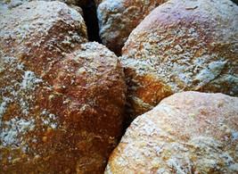 La Puccia. Autentico pane delle Dolomiti.Come si prepara. La ricetta.