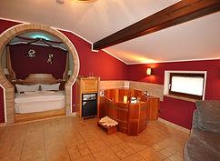 Junior Suite mit Whirlpool und Wasserbett