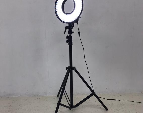 LEDリングライト2.jpg