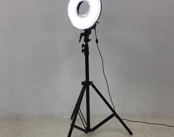 LEDリングライト1.jpg