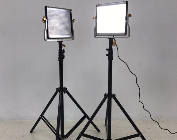 LEDビデオライト2.jpg