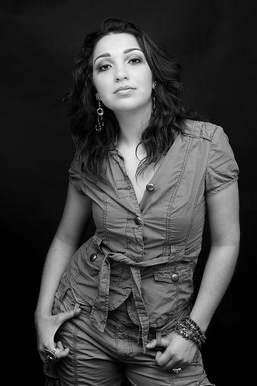 maria, dluz, dulce, gonzalez, singer, songwriter, pianist, musician, mcallen, rio grande valley, performer, Houston, Texas