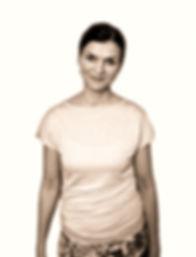 Nadine%2520Rau-Ament%2520Yogalehrerin_edited_edited.jpg