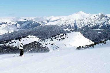 Domaine-de-la-vallee-d-ax-ski.jpg