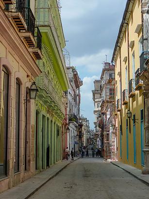 Havana Stroll