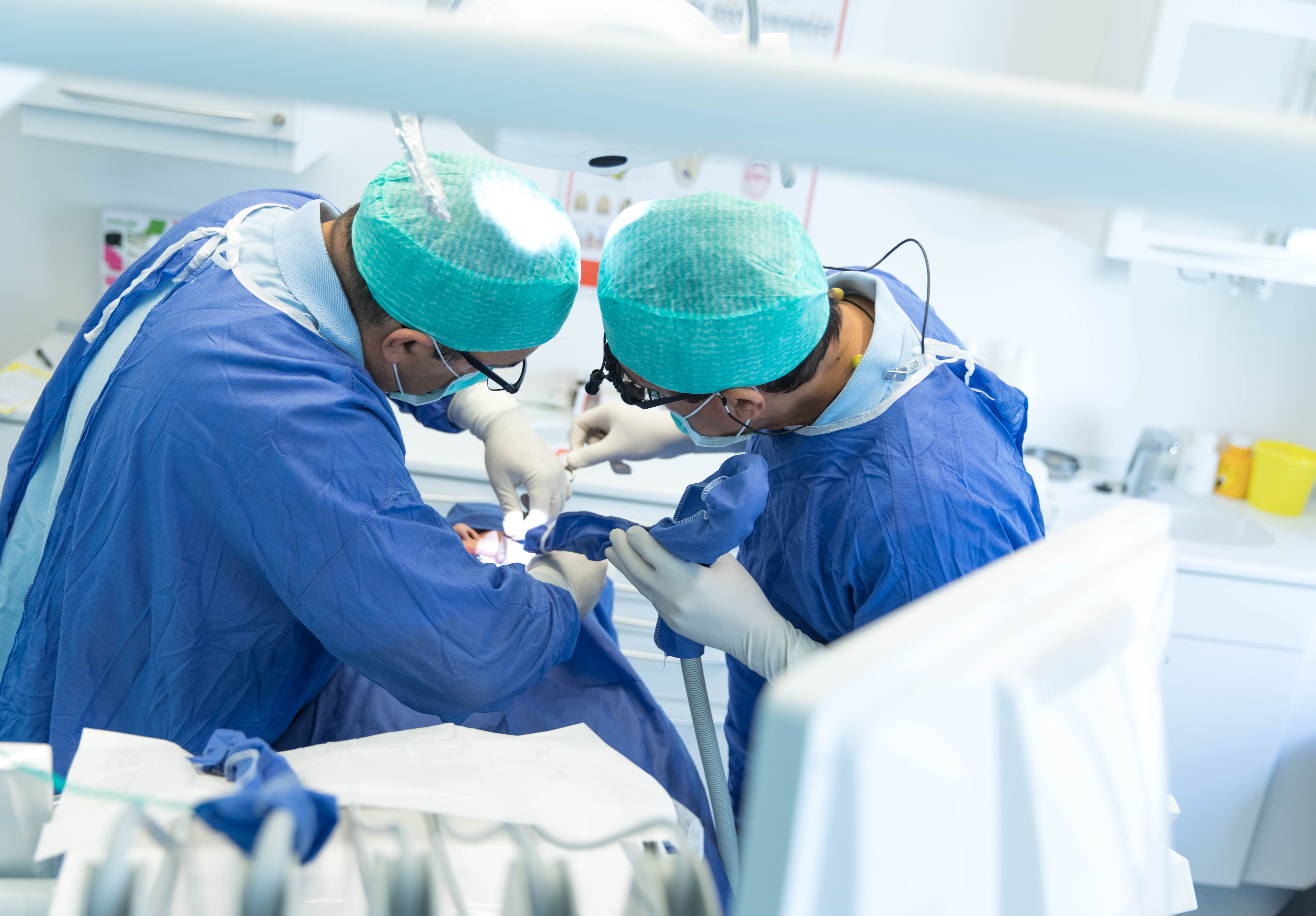 Tandlæge Mohsen Dasdar