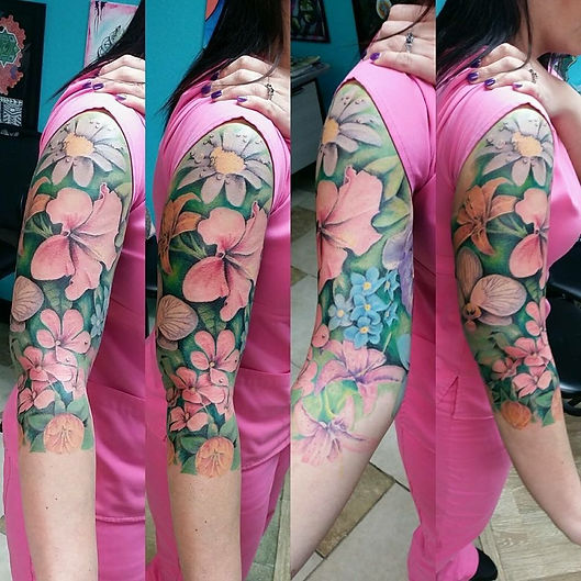 floral tattoo sleeve, flower tattoo sleeve, tropical tattoo sleeve, pretty tattoo sleeve, beautiful tattoo sleeve, gregg allan, tattoo gallery ocala, ocala tattoo, summerfield tattoo, belleview tattoo, gainesville tattoo, the villages tattoo, best tattoo, best ocala tattoo