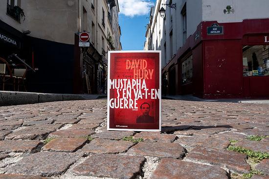 Mustapha s'en va-t-en guerre Paris