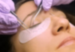 Eyelash extension client getting eyelash extensions in Tacoma
