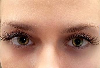 Tacoma Eyelash Extension Client with hybrid lashes