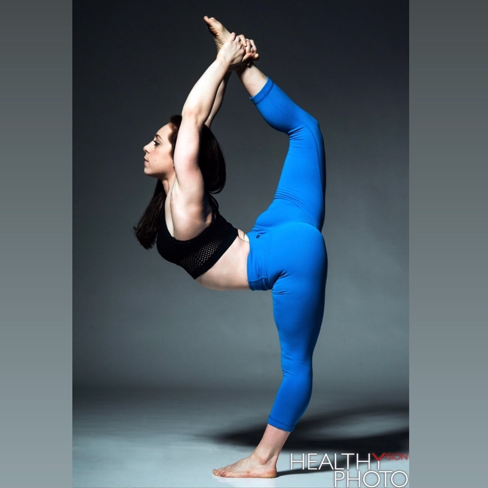 Danielle Ricciardi extensa instructor