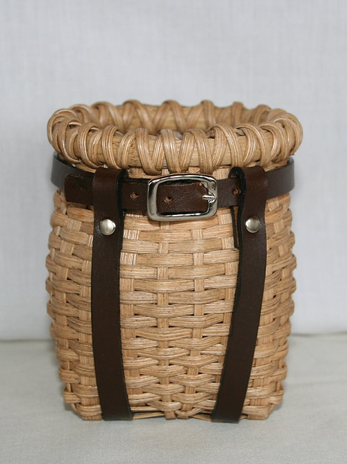 Sweetie - Decorative Adirondack Pack Basket with Leather Harness