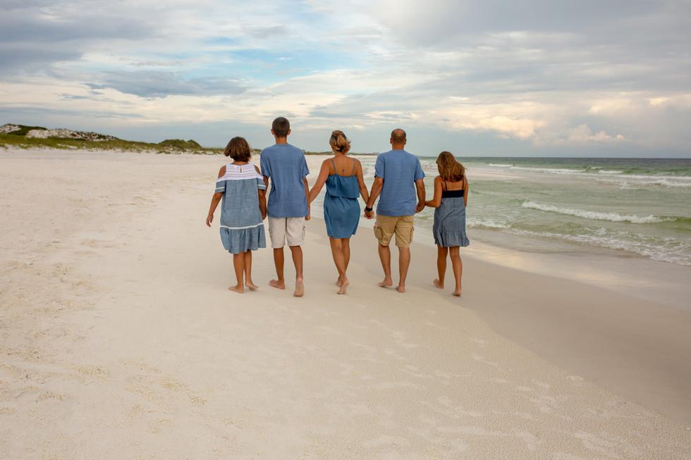 Enjoying family photographer