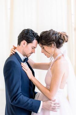 Mariage Salons de la Rotonde - Couple de mariés - Virginie templier - Fine art wedding