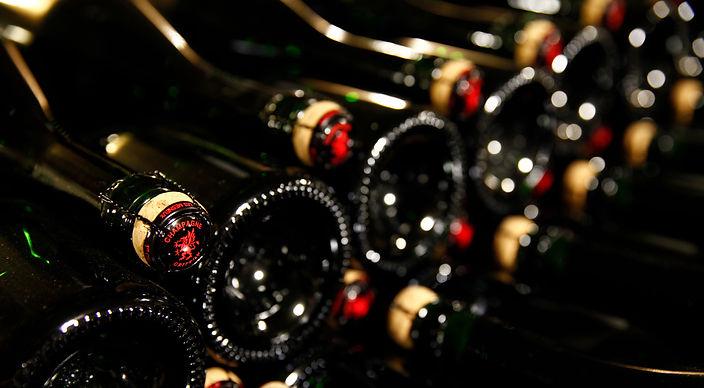 Champagne Thierry Griffon-bouteilles sur lattes.jpg